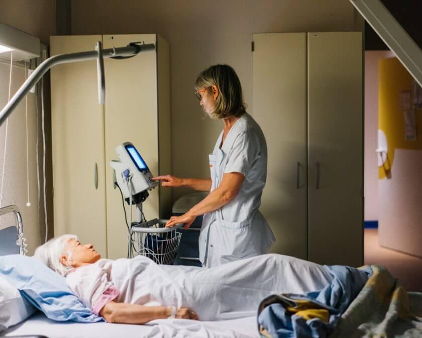 Docteur Lydie D'Arailh - soins de suite - readaptation - ssr - ssp -hopital suisse - 92130 - issy les moulineaux