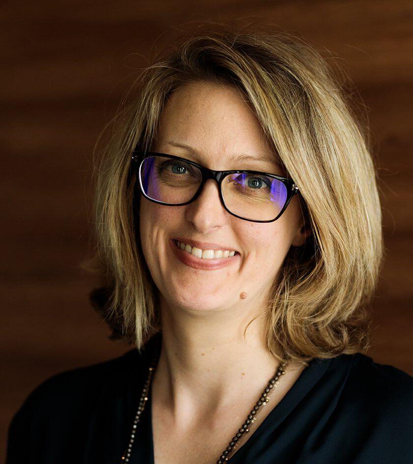 Pascale Cosialls Bosseler - DG hopital suisse de paris, issy les moulineaux